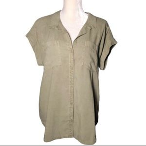 NWT CLOTH&STONE MUTED GREEN SHORT SLEEVE BUTTON UP